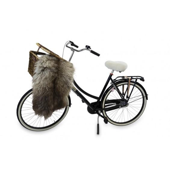 Zadeldekje voor fietszadel van schapenvacht